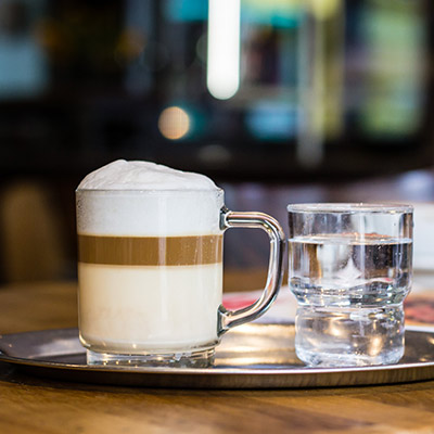 cafe-estoril-eimsbuettel-galao